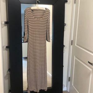 just ginger tan and black maxi dress size medium